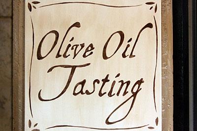 olive_tasting_2S.jpg