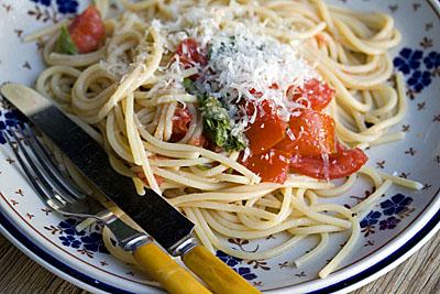 tomatecru_pasta_2S.jpg