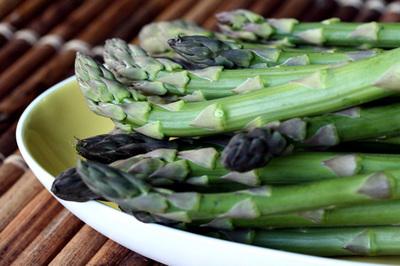 asparagus_spring_s.jpg