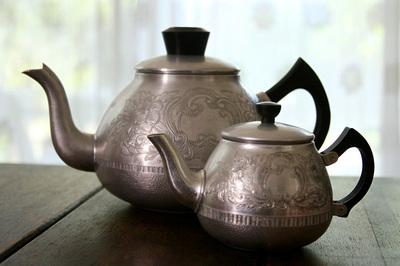 swan_brand_teapots_2S.jpg